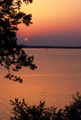 Kentucky, Kentucky Lake, sunset scenic, sunset,Land Between the Lakes National Recreation Area, sailboat,